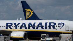 """Zeker 190 vluchten geschrapt door """"grootste staking ooit"""" bij Ryanair"""