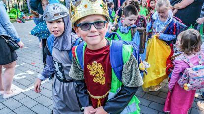Het Bollebos start eerste schooldag met sprookjes