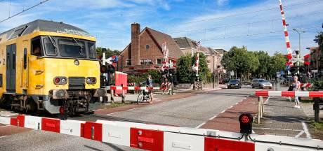 Spoorwegovergang Den Dolder dicht voor gemotoriseerd verkeer