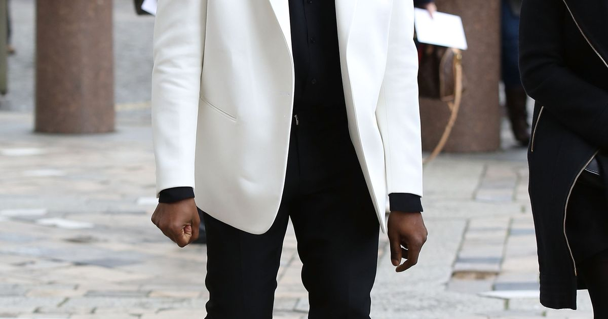 7ceb58b96cc Sneakers van Kanye West x Adidas maar te koop in 7 Belgische winkels |  Style | Nina | HLN