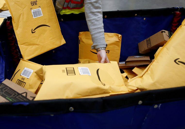 Zo'n 500 werknemers van Amazon Duitsland leggen het werk vandaag en morgen neer.