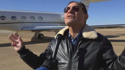 """Predikant koopt privéjet met geld van zijn volgelingen: """"Gewone vliegtuigen zitten vol demonen"""""""