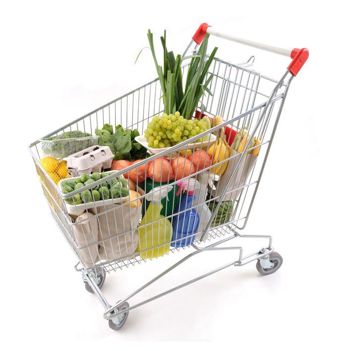 Wie prijsbewust gaat winkelen doet veel profijt, blijkt uit onderzoek van Test-Aankoop.