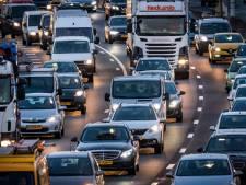 Drukke ochtendspits in de regio: flinke vertraging door meerdere ongelukken