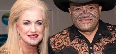Vrouw uit Nieuw-Zeeland onder vuur om tatoeage op gezicht