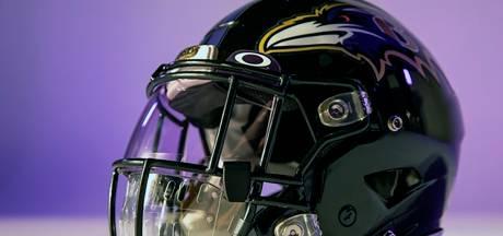 Helm met mondmasker voor American footballers