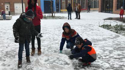 FILMPJE  Leerlingen van De Luchtballon spelen in de sneeuw aan Utopia