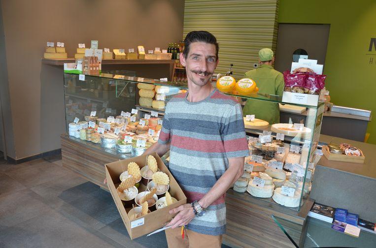Wim van Garage Willems plaatste een bestelling ijsjes voor zijn collega's van garage Willems.