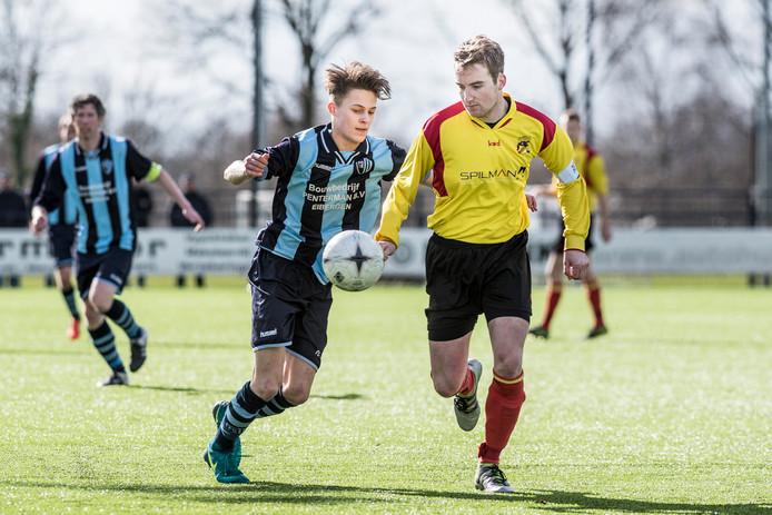 Tijdens het duel tegen Eibergen (2-0 verlies) knakte er iets bij VIOS.