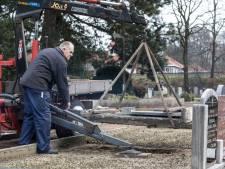 Vandalen weten begraafplaatsen goed te vinden