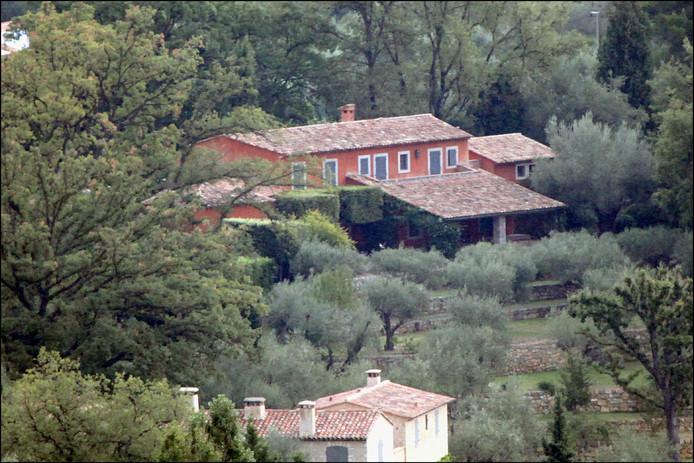 """La maison de campagne """"Le Romarin"""", d'Albert et Paola"""