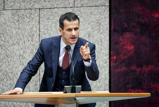 Farid Azarkan (DENK) haalde tijdens het debat over de moord op Samuel Paty de woede van andere partijen op de hals.
