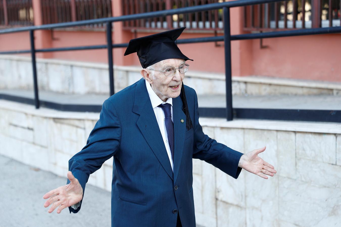 Giuseppe Paterno, 96 ans, a toutes les raisons de faire la fête après sa performance incroyable.