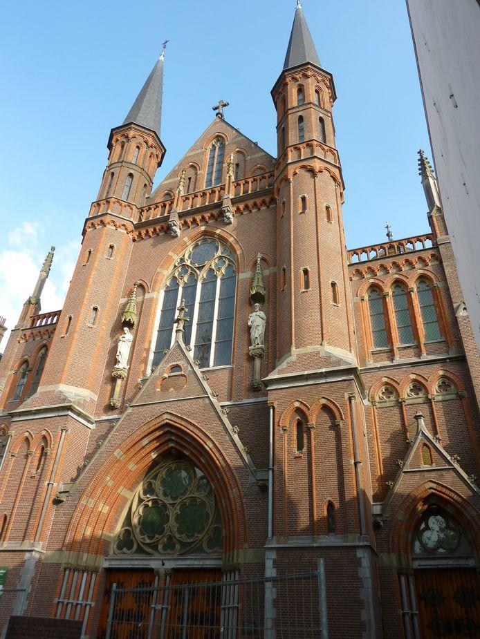 De Gouwekerk, waar een hotel moet komen.