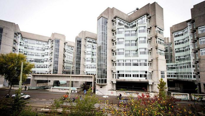 Het voormalige ministerie van Sociale Zaken en Werkgelegenheid in Bezuidenhout.