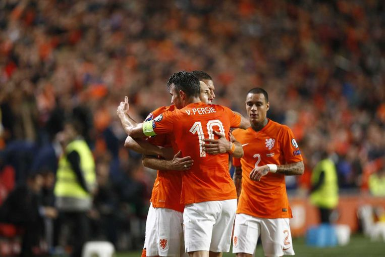 Arjen Robben heeft Oranje op 2-0 gezet tegen Letland. Beeld anp