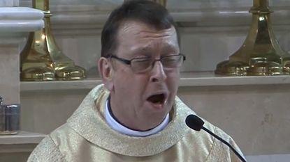 Na meer dan 30 miljoen views haalt Sony zingende priester van YouTube