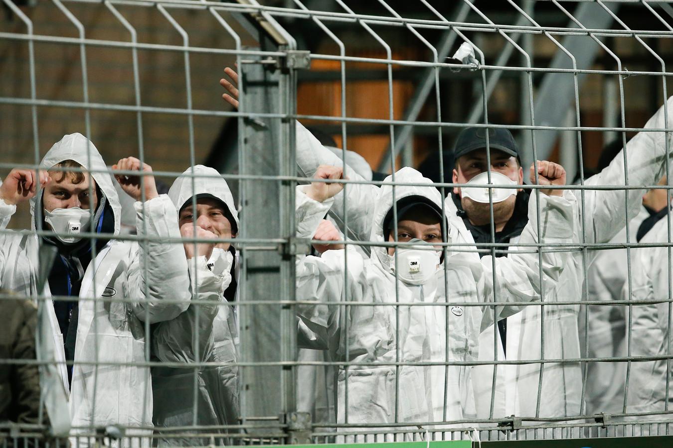 Fans bij Helmond Sport - FC Dordrecht.