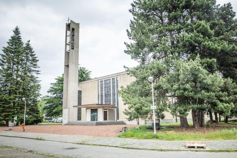 De kerk aan het Heilig kruisplein.