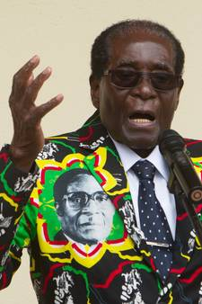 Verjaardag Mugabe kost noodlijdend Zimbabwe 1,9 miljoen euro