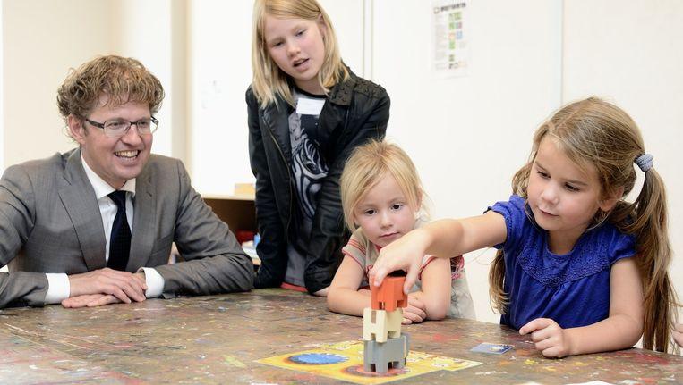 Staatssecretaris Sander Dekker bezocht vorige week basisschool Het Talent in Lent. Beeld anp
