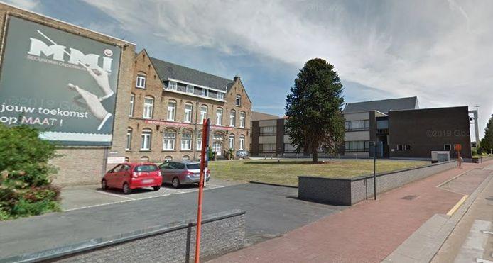 Het Margareta Maria Instituut in de Handzamestraat in Kortemark.