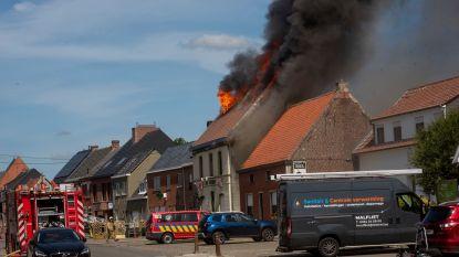 Zware brand legt café 't Zwijntje in de as: mascotte Biggy (zelf een zwijntje) overleeft het gelukkig