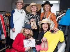 Lions Club verkoopt in tijdelijke winkel kleding en accessoires voor het goede doel