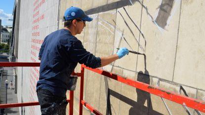 VIDEO. WO II-muurschildering op Antwerpse Stadsschouwburg krijgt vorm