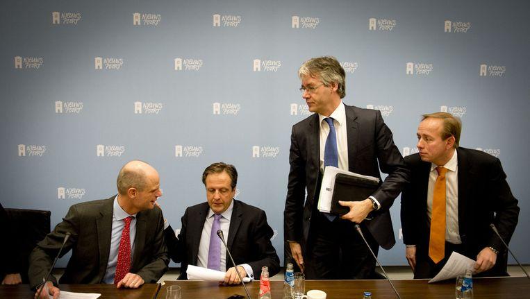 (VLNR) Minister Stef Blok van Wonen en Rijksdienst, D66-leider Alexander Pechtold, Arie Slob van de CU en Kees van der Staaij van de SGP tijdens de toelichting over het woonakkoord. Beeld ANP