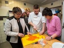 Koks in Doesburg leren cursisten 'gezond en lekker koken'