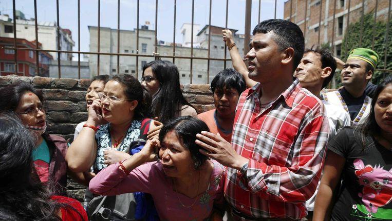 Na de aardbeving in Nepal brak grote paniek uit onder inwoners van de hoofdstad Kathmandu. Beeld epa