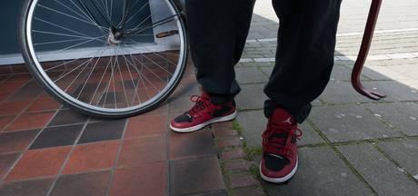 13-jarige jongen uit Nispen steelt fiets en wil deze doorverkopen aan eigenaar