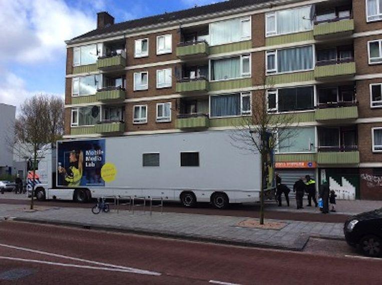 Vrijdag gaat de politie de buurt in met een Mobile Media Lab. Beeld Politie