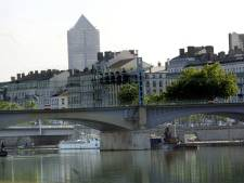 Ruim 800 Franse bruggen 'staan op instorten'