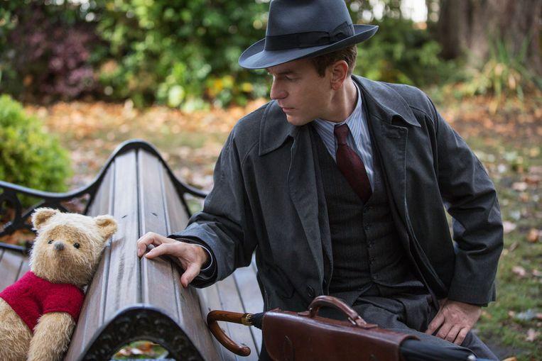 Ewan McGregor als Christopher Robin Beeld Film recensie