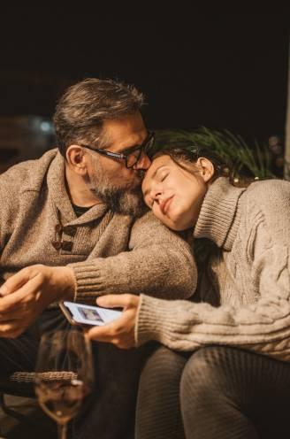 """Hoe houd je de liefde in leven tijdens de tweede lockdown? Relatietherapeut Wim Slabbinck: """"Het voorspel begint 24 uur voor de daad"""""""