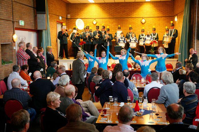 Archieffoto: de corsovereniging treedt op in het dorpshuis in Zoelen.