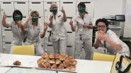 Bakkerij De Kring trakteert zorgpersoneel AZ Groeninge op 100 Diksmuidse boterkoeken