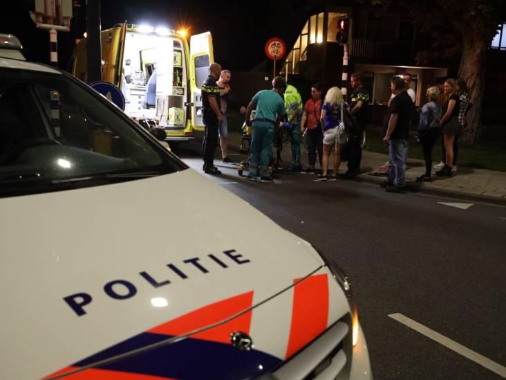 Voetganger aangereden door auto in Waalwijk, automobilist rijdt door