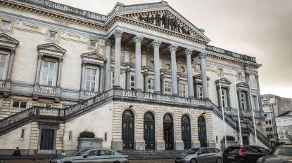 """92-jarige vrouw is 3,7 miljoen euro kwijt na belastingfraude: """"Ze kan geen eurocent missen"""""""