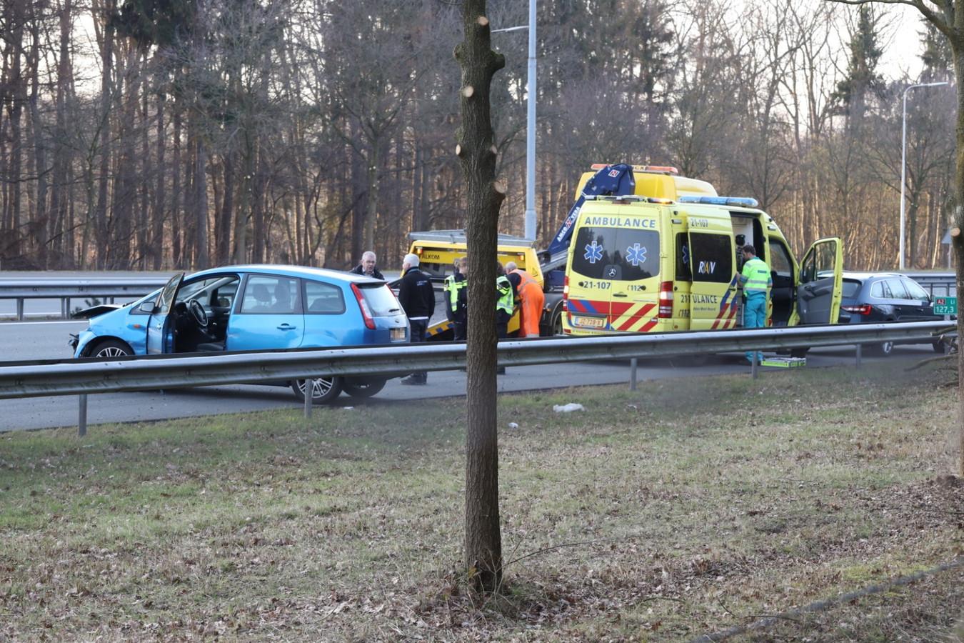 De betrokken auto's op de A2 bij Best/Boxtel.