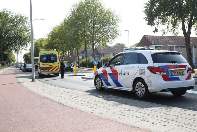 Botsing tussen fietser en auto in Roosendaal.