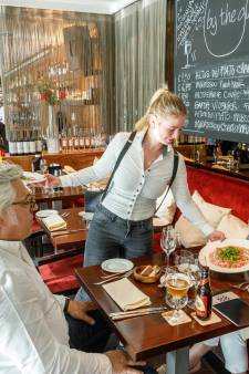 Over de Tong: Restaurant Applaus
