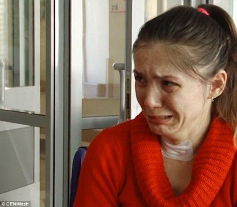 Veronika Mescheryakova lijdt door ziekte aan geheugenverlies. Elke dag denkt ze dat  haar man uit werken is, maar als ze merkt dat hij 's avonds niet thuiskomt, moet haar moeder er haar aan herinneren dat haar man haar drie maanden geleden heeft verlaten.