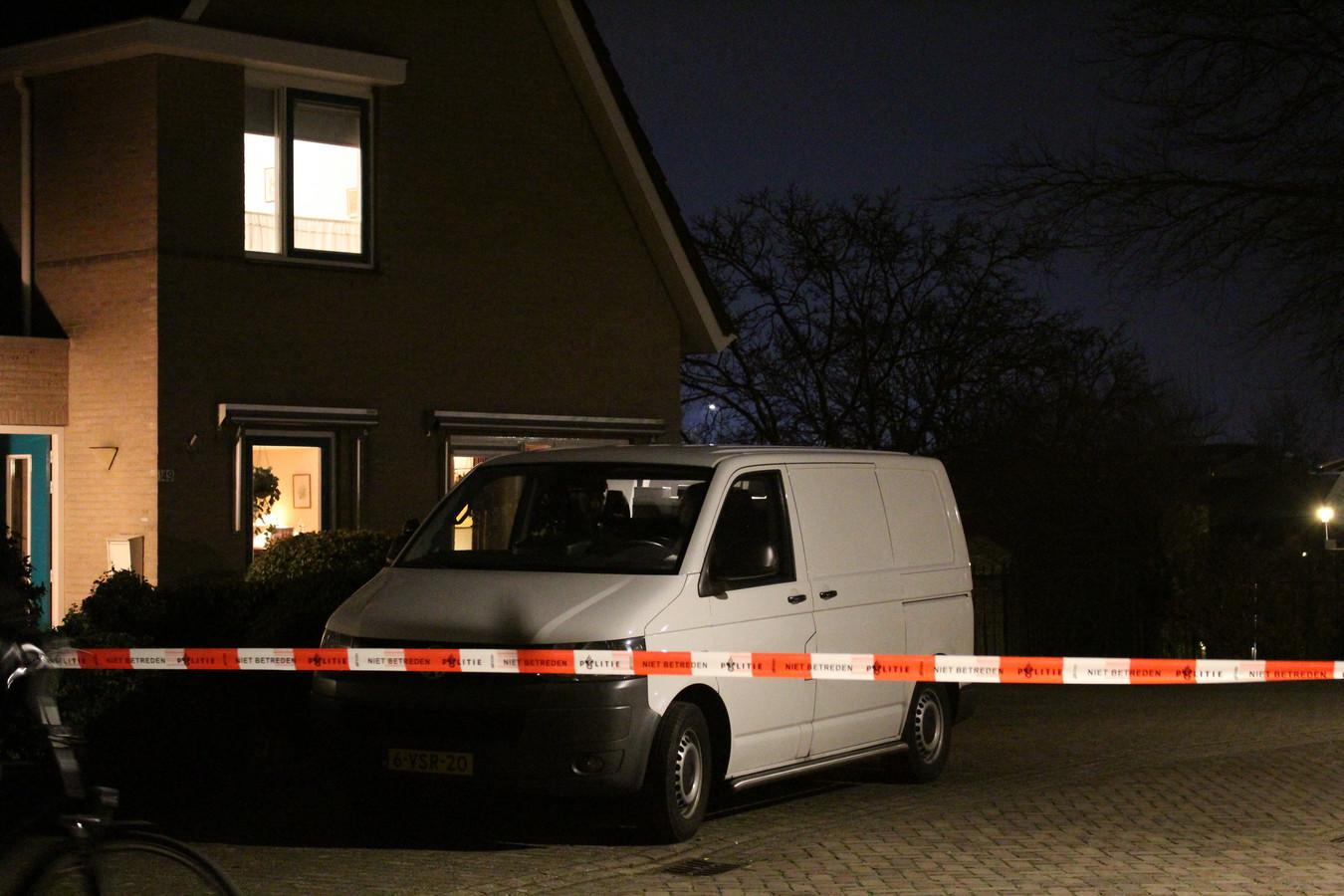 De woning van het oudere echtpaar aan de Sint Nicolaasdijk dat in januari werd overvallen.