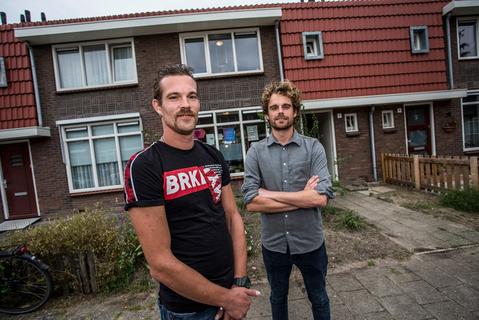 Welzijnsorganisatie was de redding voor Zutphenaar Demian Fijma (links). Sociaal werker Niek Wösten (rechts) hielp hem er weer bovenop.