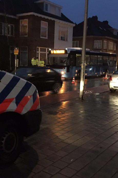 Ongeluk tussen fietser en lijnbus in Deventer