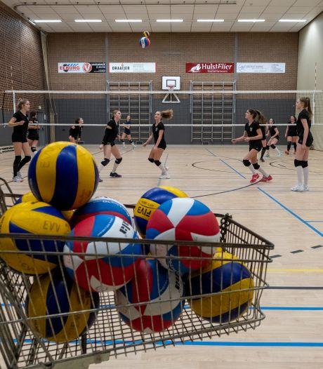 Komt er een extra sporthal in Elburg om de turners van SSS en de volleyballers van EVV uit de brand te helpen?