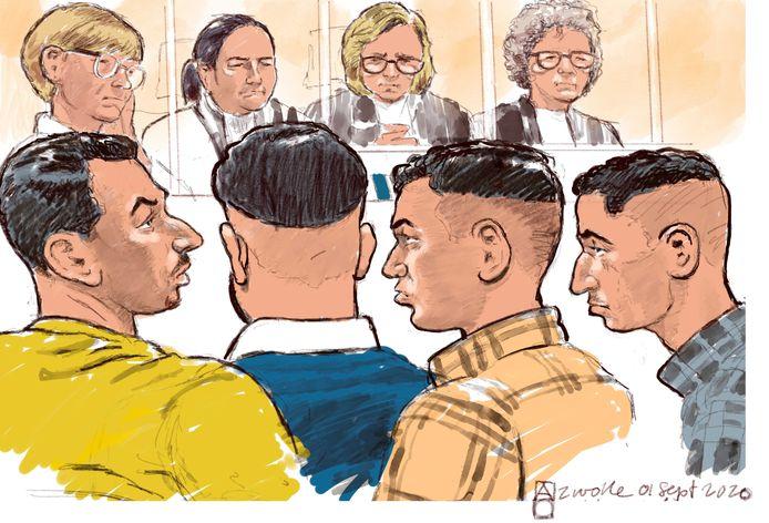 Rechtbanktekening van Chakir A,Yusuf A, Mohammed B en Souhail B tijdens de rechtszaak voor een gewelddadige woningoverval. De slachtoffers van 80 en 81 werden hierbij zwaar mishandeld.